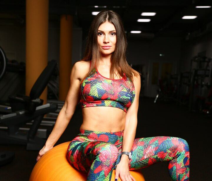 Анна Иванова (Захарова)